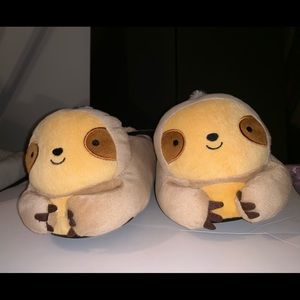 NWT! Forever 21 Women's Sloth Slippers - sz Large
